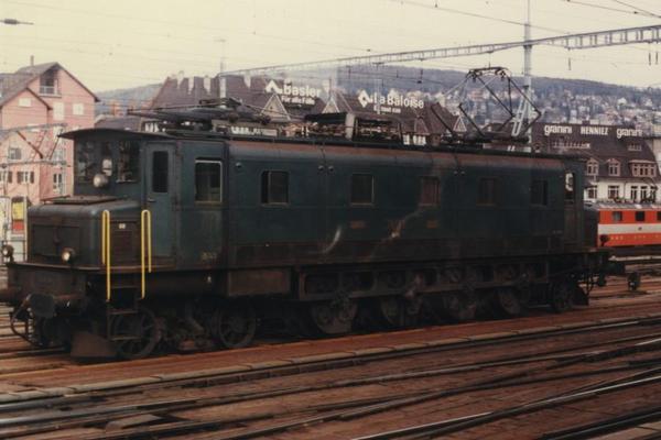 1984年スイスの鉄道(2)電気機...